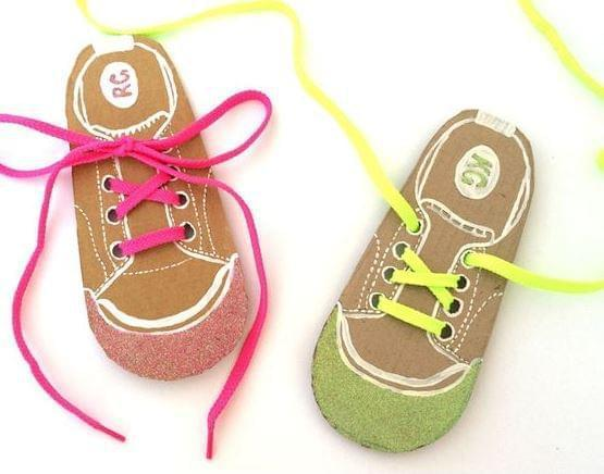 Ah, Şu Ayakkabı Bağcıkları