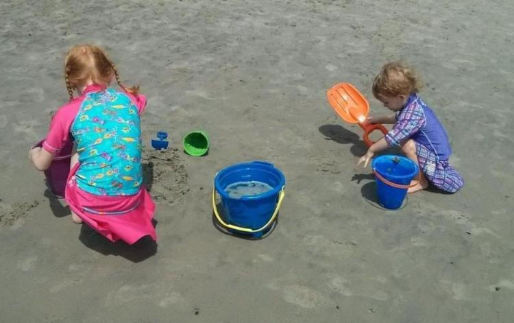 Dikkat Eksikliği Hiperaktivite Olan Çocukların Ebeveynlerine Yaz Tatili için 10 İpucu